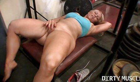 Cumshot بلوند زیبا سکس فیلم زن بر روی الاغ
