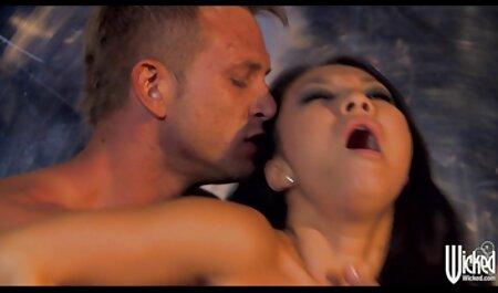 بیگانه رابطه جنسی مقعد روسی را ثبت می فیلم سکسی خواهر زن کند