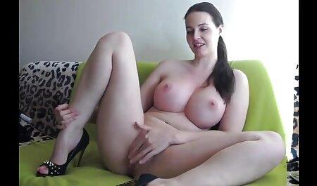 یک مرد فیلم سکسی زن بلوچ مقعد دختر را در حمام لعنتی