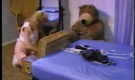 دختری را کاشتم فیلم سکس زن کردی