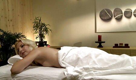 Curvy Suzanne Alcal چهره ها را دوست دارد فیلم سکسی شاشیدن زن