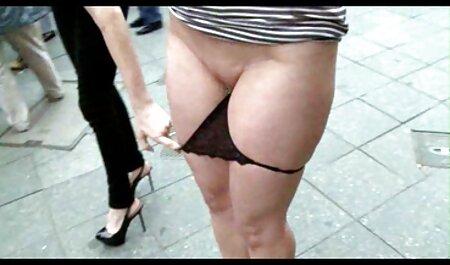 پدربزرگ ترفندهایی را نشان می سکس زن ومرد فیلم دهد